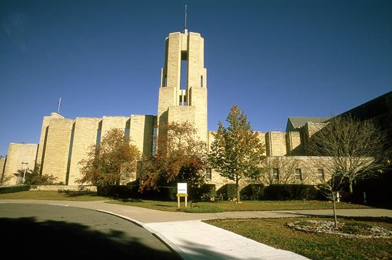 AT-Benedictine-College