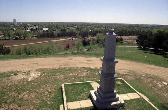 BT-Pawnee-Rock-Monument
