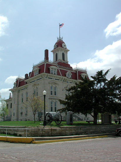 CS-Courthouse-4-23-02