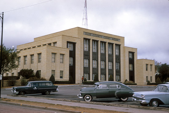 EL-County-Courthouse-Hays