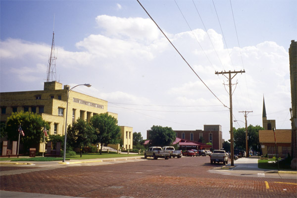 EL-Ellis-County-Courthouse