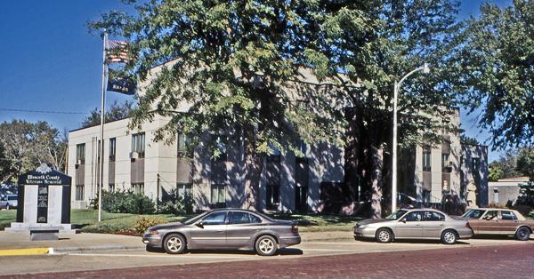 EW-County-Courthouse