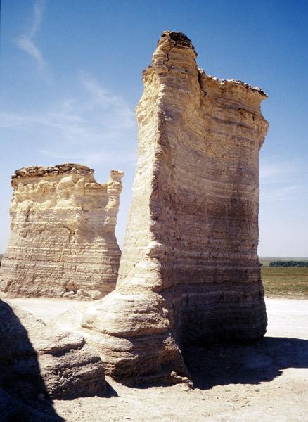 GO-Chalk-Monuments