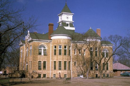 LC-1899-Fencepost-Court