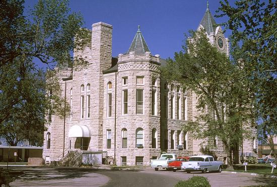 MP-McPherson-Courthouse