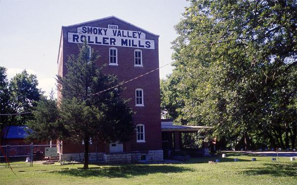 MP-Smoky-Hill-Roller-Mill-i