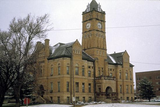 MC-County-Courthouse2