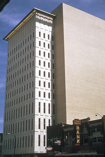 SN-Topeka-KPL-building