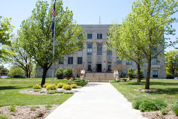 WB-County-Courthouse-Alma